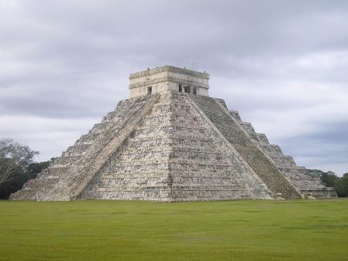 Escaleras de Chichén Itzá en Yucatán, México