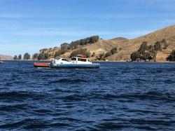 Estrecho de Tiquina Lago Titicaca