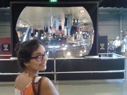 Este espejo reflejaba las imágenes al reves