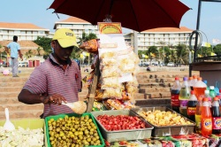 Vendedor de snakcs en Galle Face Green