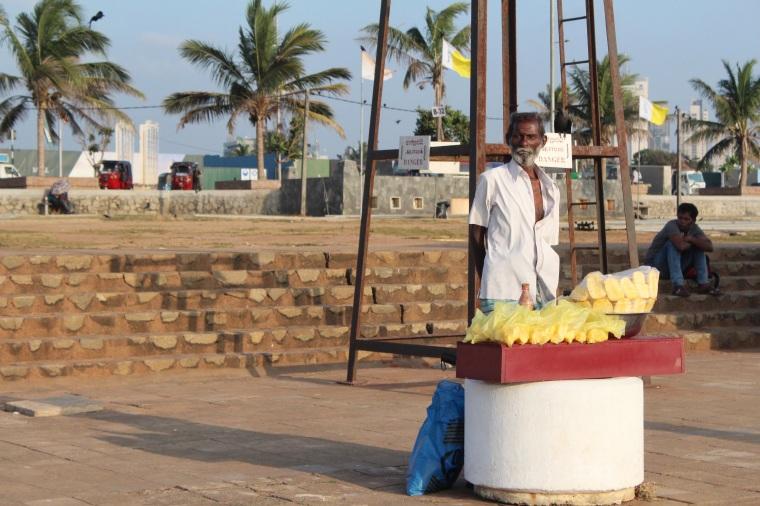 Vendedor de Frutas Galle Face Green