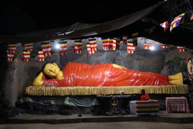 Buda Gautama, acostado en Adam's Peak
