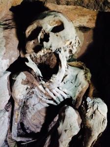 momia cueva uyuni bolivia