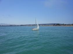 velero en Playa de Santa Cruz California