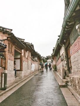 Calles en Buckchon Hanok Village