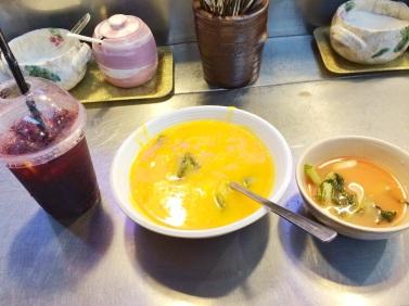 Mi almuerzo coreano que comí en el Mercado Gwangjang