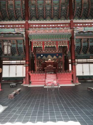 Trono del rey de Corea en el Palacio de Gyeonbokgung