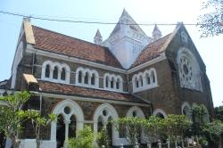 All Saint Church - Iglesia de todos los santos. Es una iglesia aglicana de 1868