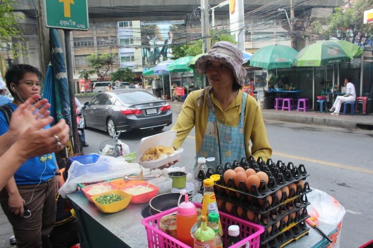 Venta de Omelette tailandés