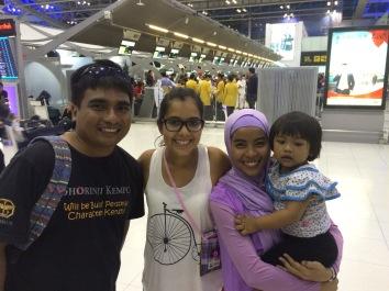 Con mis amigos Indoneses