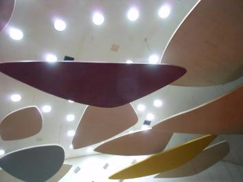 Nubes o platillos voladires de Alexander Calder