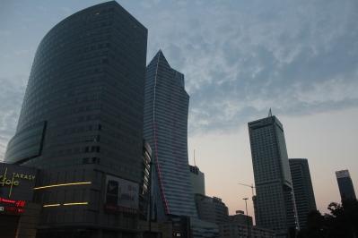 Centros Comerciales y modernos edificios en Varsovia