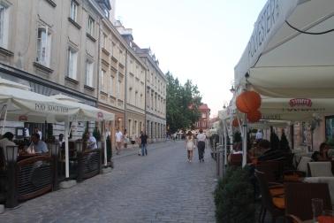 Restaurantes con opciones en la calle durante el verano