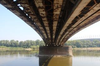 Puente en Varsovia sobre el Río Vístula