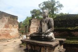 Buda del Vatadage de Polonnaruwa Sri Lanka