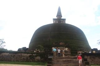 Rankoth Vehera Gran Estupa de Polonnaruwa