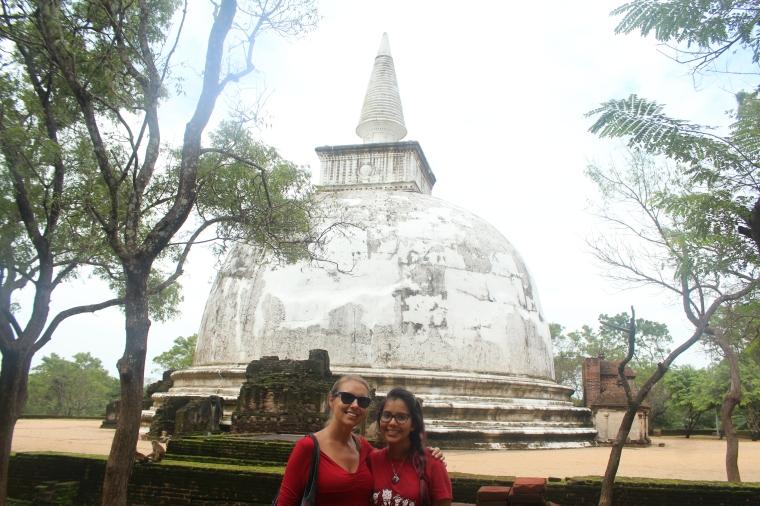 Estupa Kiri Vihara