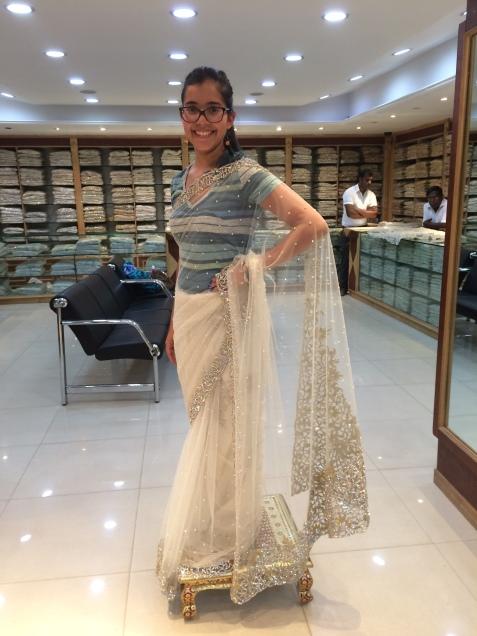 Modelando un Sari