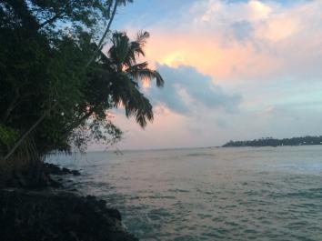 Atardecer desde la isla Trapobane