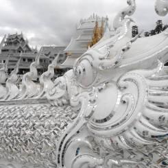 templo-blanco-en-chiang-rai-wat-rong-khun-2-2