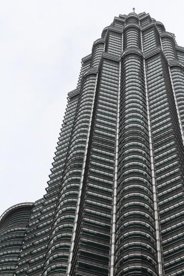 Vista detallada de una de las torres petronas close view petrona tower Malasia Malaysia Kuala Lumpur