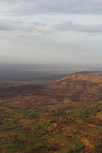 Vista desde el punto para admirar el atardecer por las cascadas Sipi