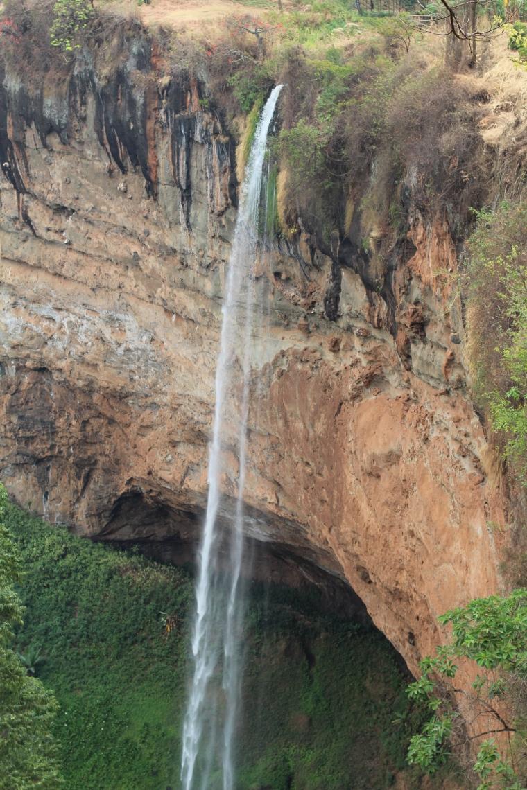 La cascada más alta en Sipi. Esta es la tercera que no pudimos ver de cerca