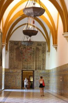 Palacio gótico dentro del El Alcázar,